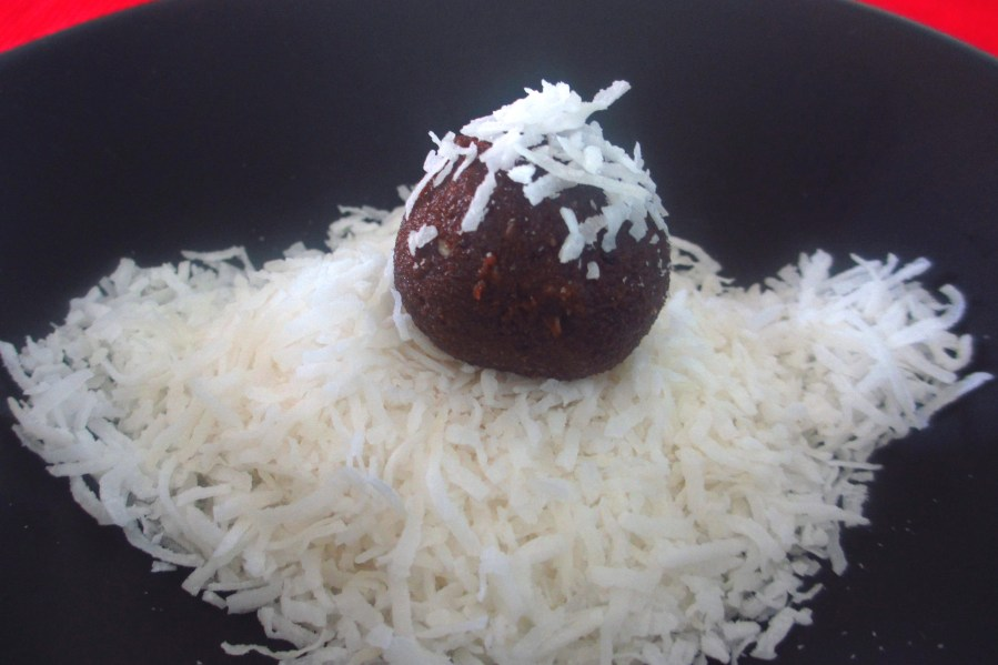 Date, Chocolate & Coconut Balls