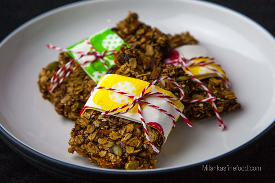 Rolled Oats & Dry Fruit Energy Bars