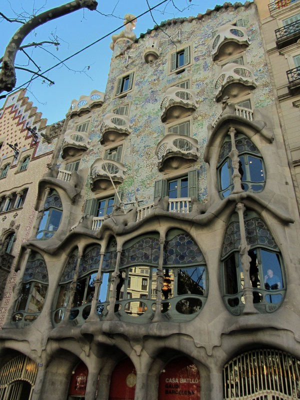 Antoni Gaudi Architecture Building
