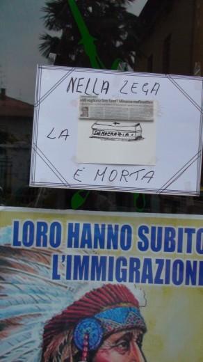 """A Malnate un necrologio padano """"Nella Lega la democrazia è morta"""""""