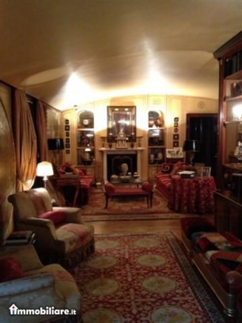 La casa di Mike Bongiorno in vendita a 1550000 euro  1