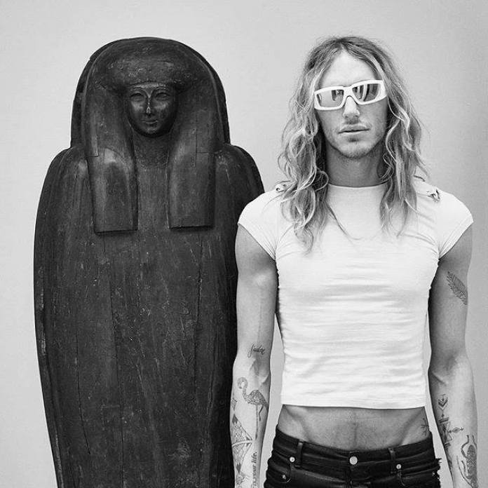 BLISS FOSTER: Has Rick Owens Broken His Own Rules? | MILANO411