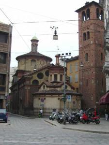 la chiesetta di S. Satiro, scorcio da Via Mazzini/Via Cappellari. (foto di Robert Ribaudo)