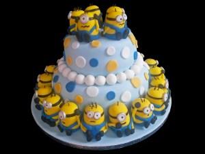 Una festa non è una festa senza una torta stile cake design