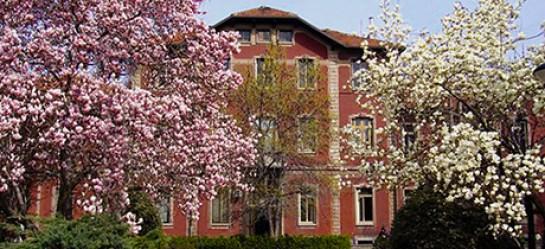 Il bel padiglione della Clinia Veterinaria a Città Studi: esempio di architettura a rischio