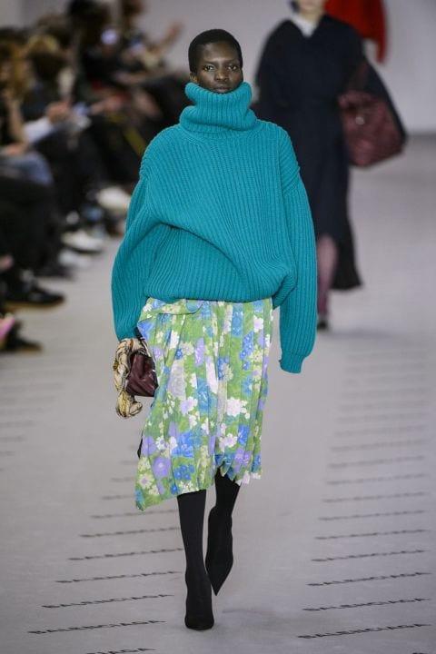 модный пуловер balenciaga