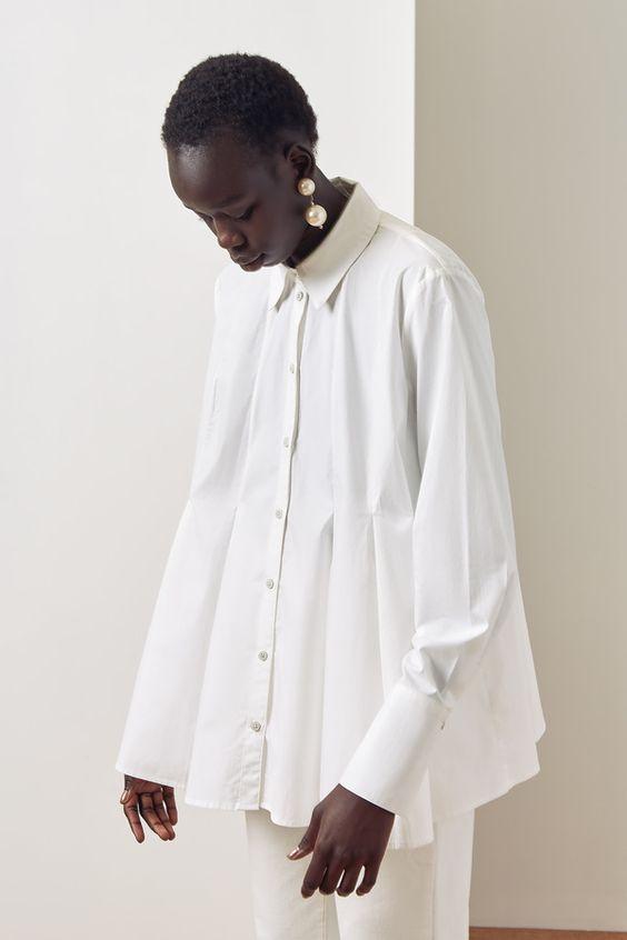 белая рубашка с длинным рукавом оверсайз