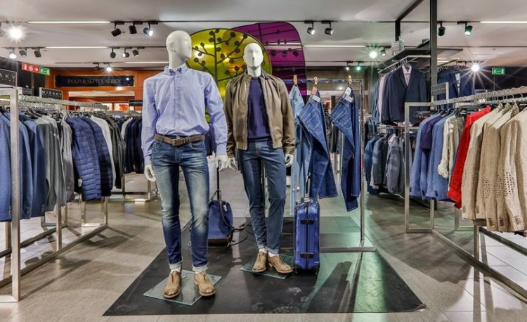 модная мужская одежда кажуал в Милане