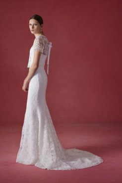 Oscar de la Renta wedding collection Fall 2016 8_601x901