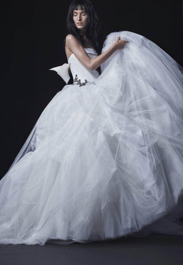 Vera Wang Fall 16 Bridal wedding collection 13_601x869