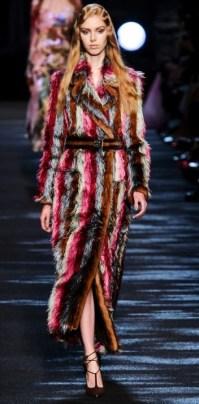 модная итальянска шуба Блюмарин зима 2016