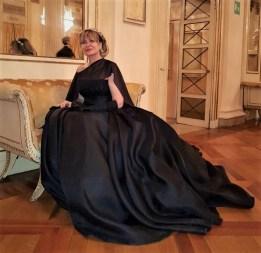 как одеться в La Scala - Dvora Ancona в вечернем платье Antonio Riva