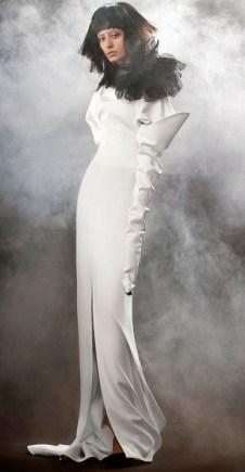 свадебное платье Vera Wang Spring 2018 длинный рукав голая спина и цветок