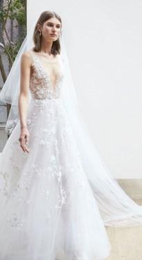 свадебное платье с воздушной юбкой с вышивкой и вышитым топом Oscar de la Renta Spring 2018