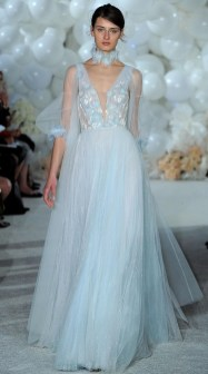 красивое модное свадебное платьеMira Zwillinger 2018
