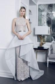 красивое платье свадебное с двойной юбкой и ремном Romona Keveza