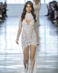 свадебное платье закрытое горло прозрачная юбка 2018 Berta