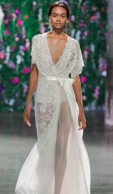 модное свадебное платье 2018 с бантом Galia Lahav
