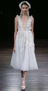 тенденция 2018 свадебное платье укороченноеNaeem Khan