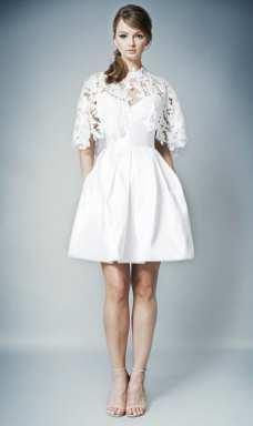 тенденция 2018 короткое свадебное платье Romona Keveza