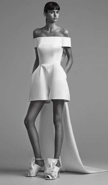 тенденция 2018 короткое свадебное платье Viktor & Rolf