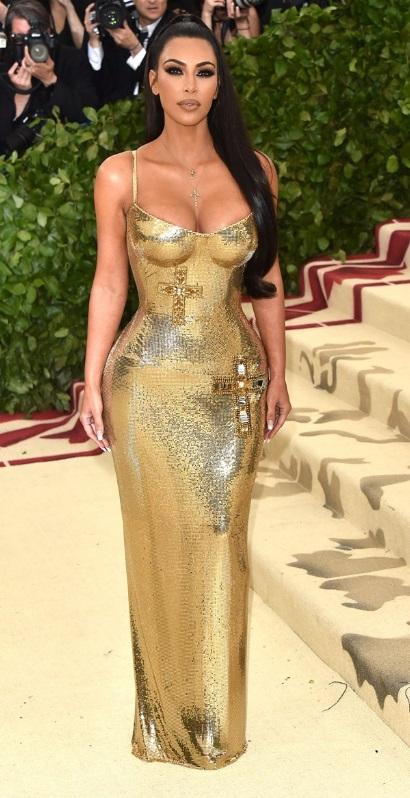Kim Kardashian in Atelier Versace