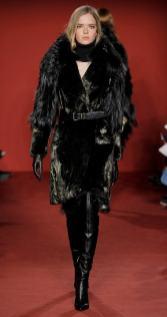 модная итальянская шуба позолота