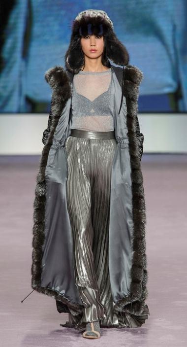 длинная мдная итальянская шуба мода 2018 серебро