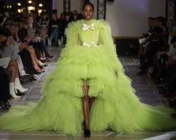 очень пышное свадебное платье Париж 2018