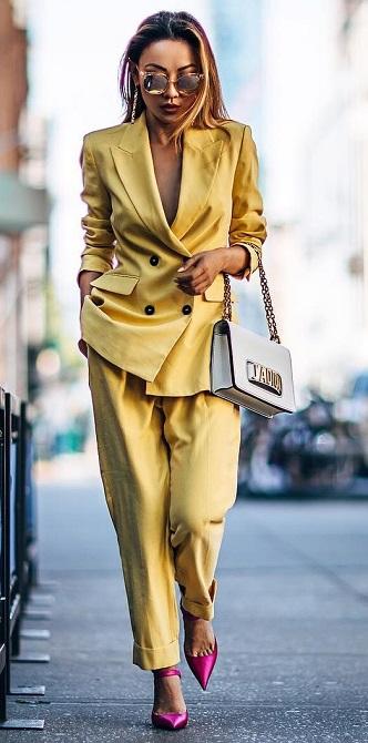 как носить модный желтый Meadowlark