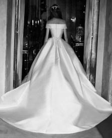 Elie Saab самые модные свадебные платья 2019 - тенденция простота и минимализм