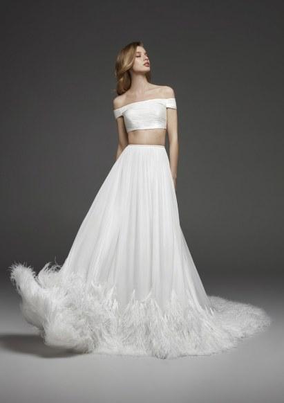 модные свадебные платья 2019 тенденция crop top Pronovias