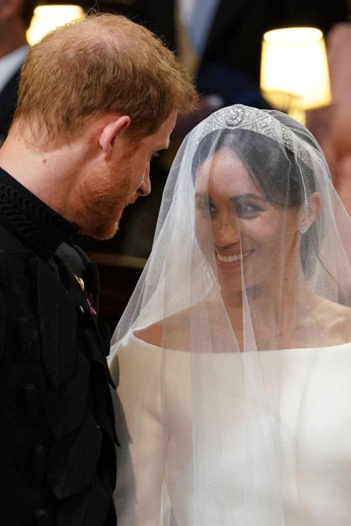 Свдьба Гарри и Свадебное платье платье Меган Маркл