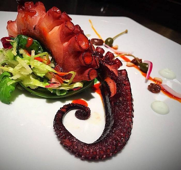 блюда из осминога - вкусный ресторан в милане