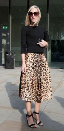 леопардовая юбка с водолазкой