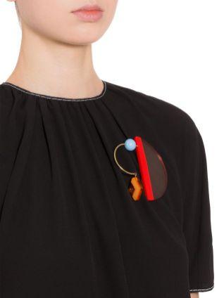 модные броши в 2018 2019 году графика и минимализм