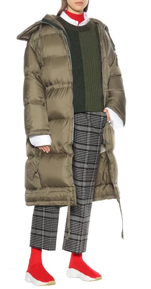 как стильно носить модные пуховики зима 2018 2019