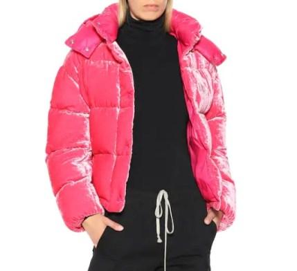 Moncler модный пуховик италяи из бархата - тренд зима 2018 2019