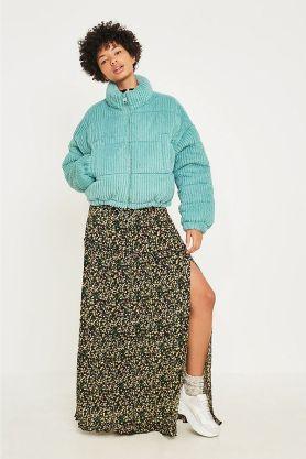 Urban Outfitters модный пуховик италяи из бархата - тренд зима 2018 2019