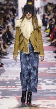 Модная дубленка Dior зима 2018 2019
