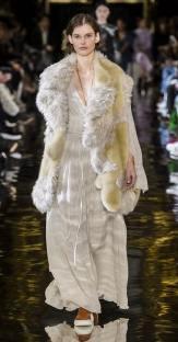 Модная дубленка Mccartney зима 2018 2019