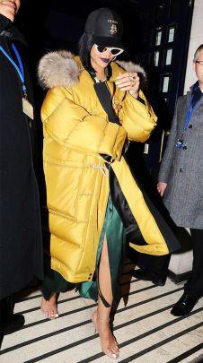 oversized puffer jackets 2018 trend street style Riana