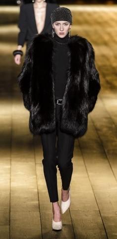 saint laurent модные итальянские шубы оверсайз зима 2019 в милане