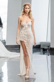 модное свадебное платье berta 2020 с разрезом на юбке
