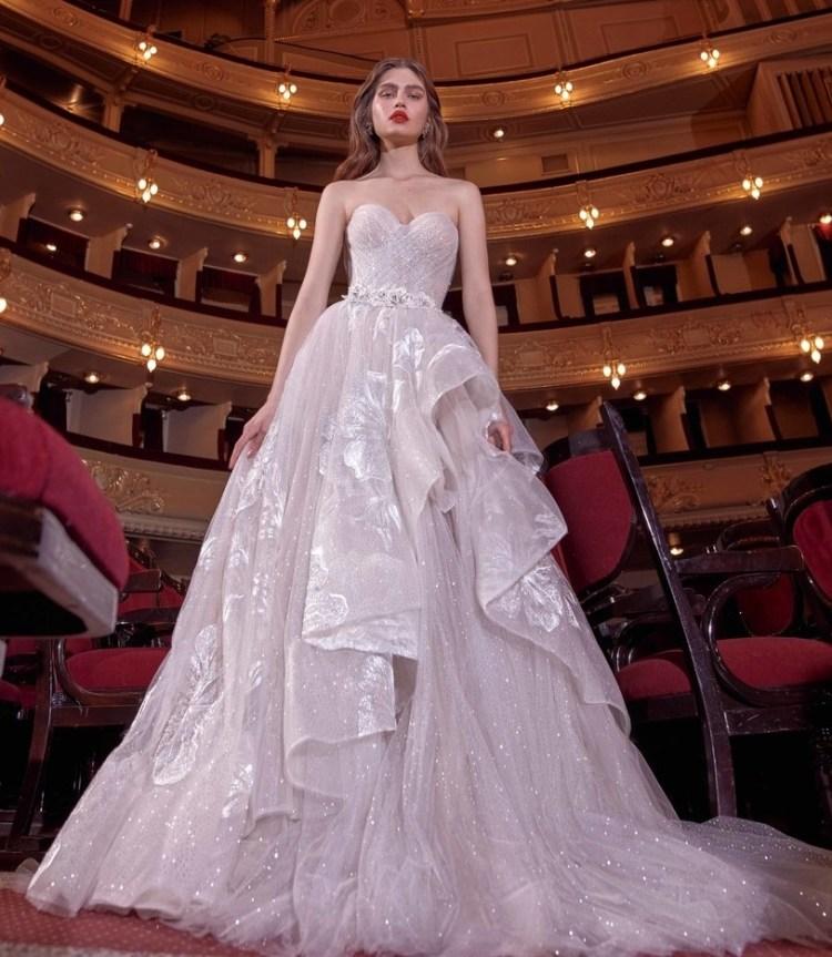 самые красивые модные свадебные платья 2020