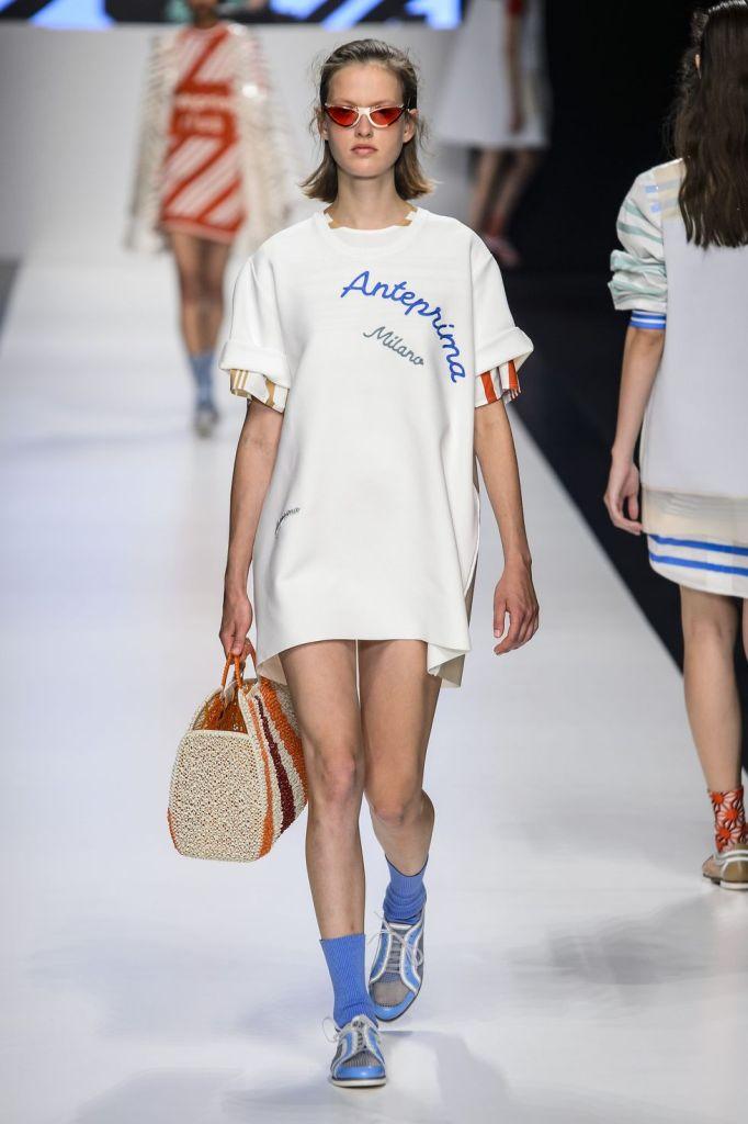 модные футболки 2019 - модные надписи на футболках