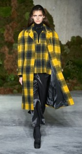 модное пальто в клетку осень 2019 2020 тренд