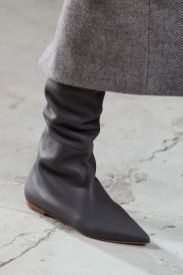 agnona-fall-2020-runway-slouchy-leather-boot