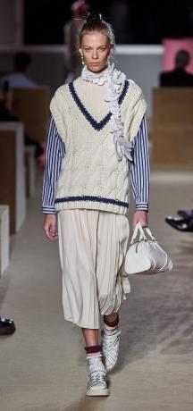 плиссированная юбка Прада весна лето 2020