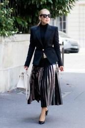 красивая плиссированная юбка металик с чем носить